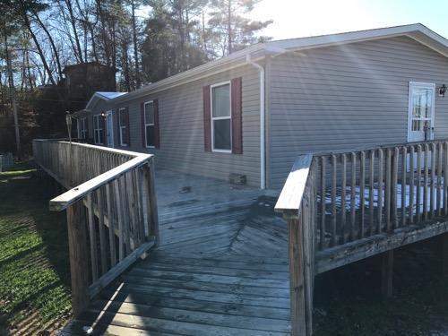 Casa Unifamiliar por un Venta en 4107 Blue Springs Pkwy 4107 Blue Springs Pkwy Greeneville, Tennessee 37743 Estados Unidos