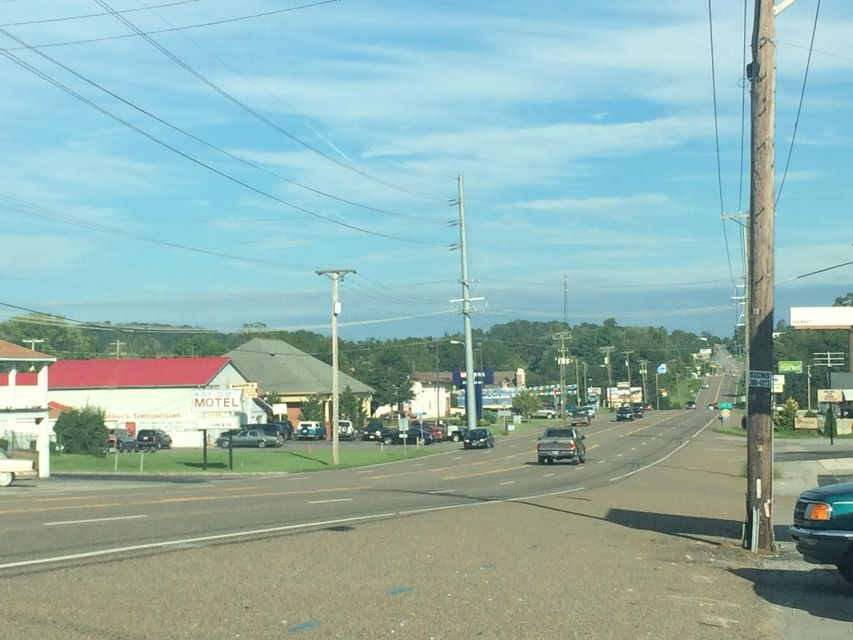 Additional photo for property listing at 10241 Chapman Hwy 10241 Chapman Hwy Seymour, Tennessee 37865 États-Unis