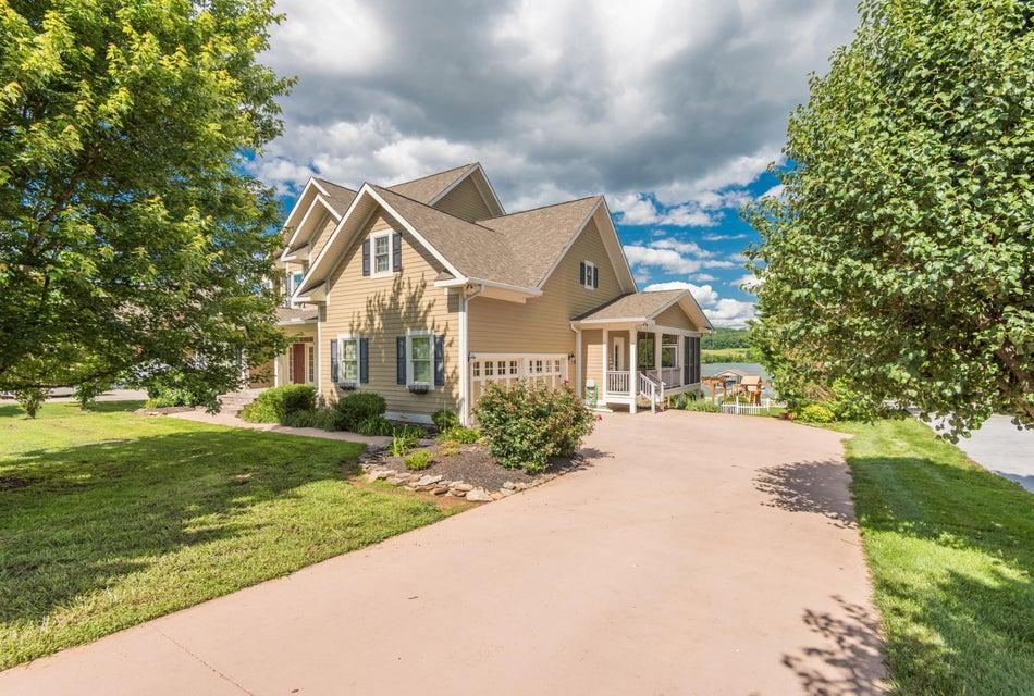 Additional photo for property listing at 3710 Riverbrook Drive 3710 Riverbrook Drive Louisville, Теннесси 37777 Соединенные Штаты