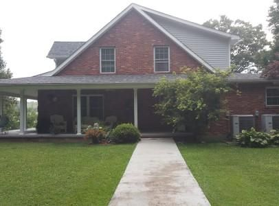 Single Family Home for Sale at 336 Spruce Drive 336 Spruce Drive Rose Hill, Virginia 24281 United States