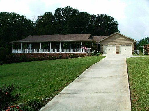 Single Family Home for Sale at 151 Ponderosa Drive 151 Ponderosa Drive Madisonville, Tennessee 37354 United States