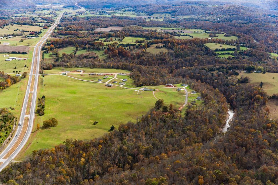 Commercial for Sale at 362 Saddlebrook Drive 362 Saddlebrook Drive Sparta, Tennessee 38583 United States