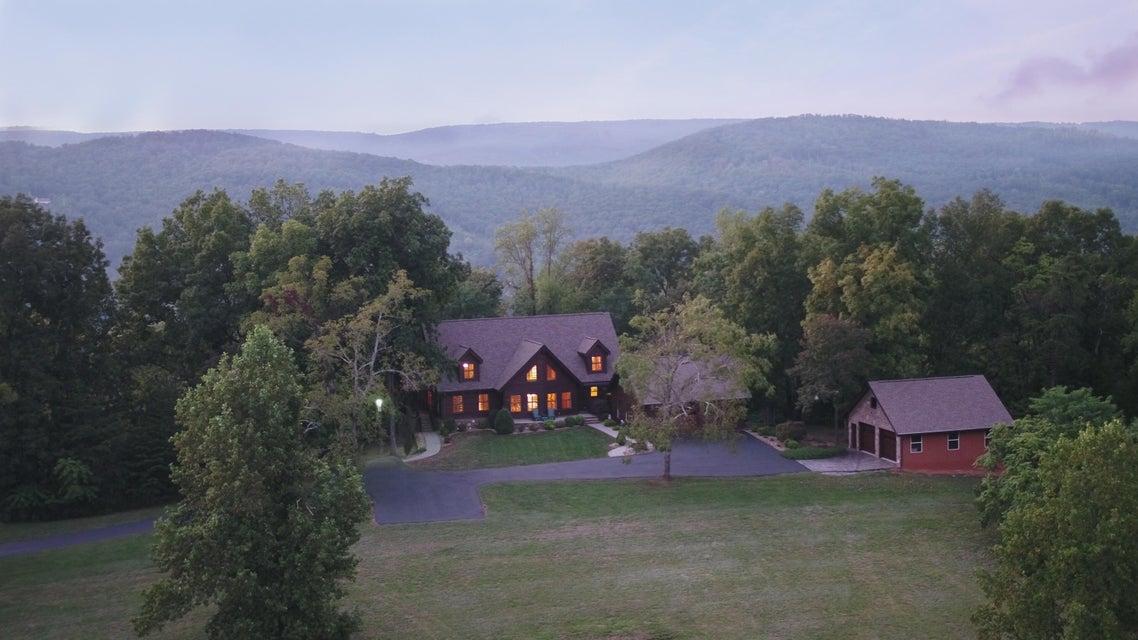 Maison unifamiliale pour l Vente à 411 Black Oak Estates 411 Black Oak Estates Dayton, Tennessee 37321 États-Unis