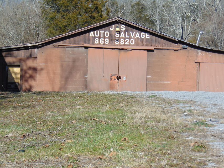 Additional photo for property listing at 532 Indian Creek Road 532 Indian Creek Road Harrogate, Tennessee 37752 États-Unis