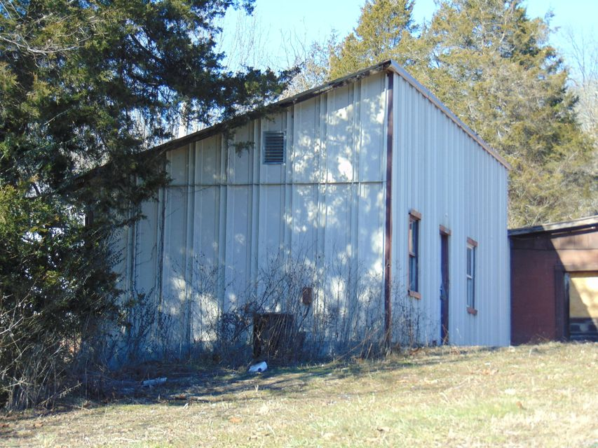 Additional photo for property listing at 532 Indian Creek Road 532 Indian Creek Road Harrogate, Tennessee 37752 United States