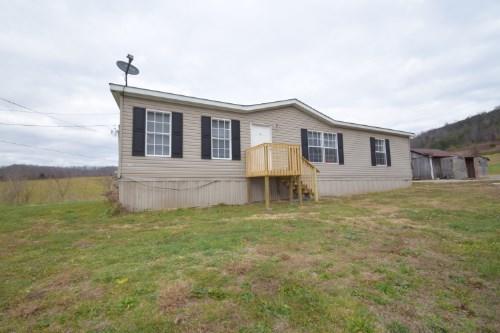 Casa Unifamiliar por un Venta en 355 Muncey Hollow Road 355 Muncey Hollow Road Washburn, Tennessee 37888 Estados Unidos