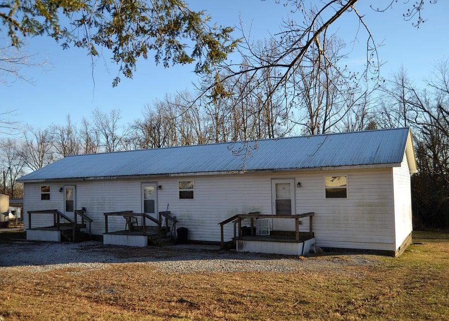 Casa Multifamiliar por un Venta en 8651 Sparta Hwy 8651 Sparta Hwy Crossville, Tennessee 38572 Estados Unidos