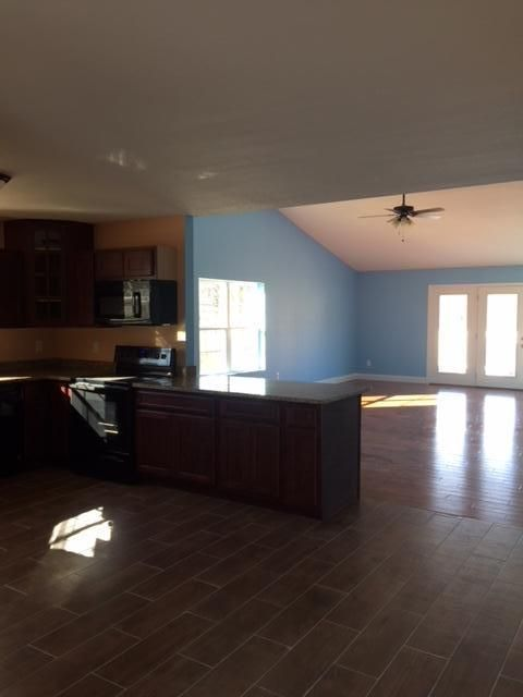 Additional photo for property listing at 1160 S Fork Drive 1160 S Fork Drive Sevierville, Tennessee 37862 États-Unis