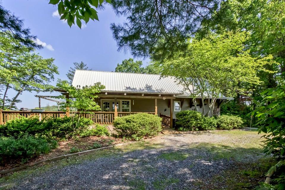 Maison unifamiliale pour l Vente à 144 Fingerboard Road 144 Fingerboard Road Reliance, Tennessee 37369 États-Unis