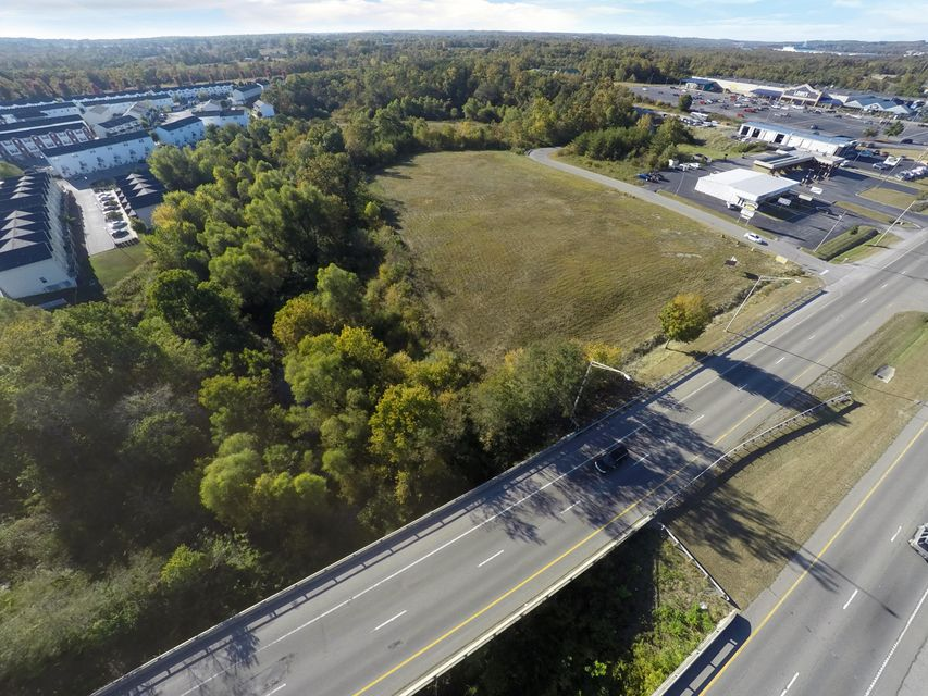 Land for Sale at N. Main And Chuckles Parkway N. Main And Chuckles Parkway Crossville, Tennessee 38555 United States