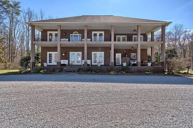 独户住宅 为 销售 在 1914 Lewis Road 1914 Lewis Road Spencer, 田纳西州 38585 美国