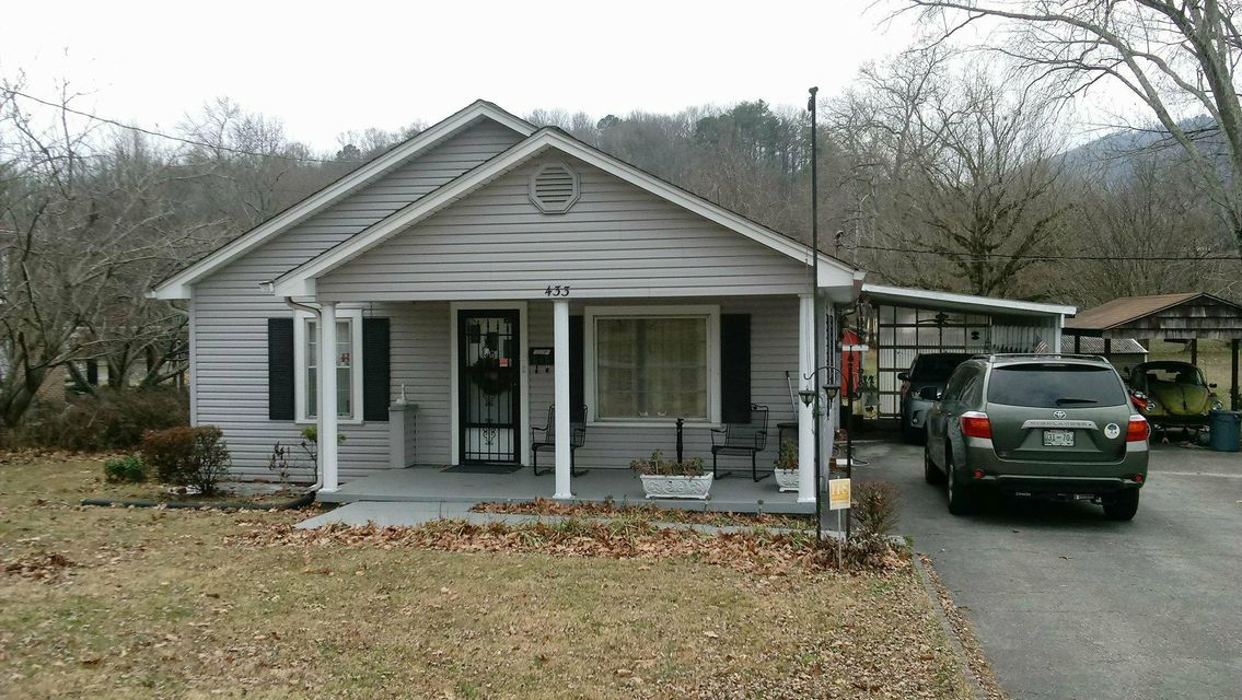 Single Family Home for Sale at 433 W Rockwood Street 433 W Rockwood Street Rockwood, Tennessee 37854 United States