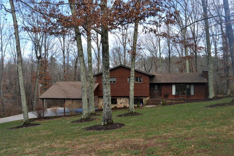 Частный односемейный дом для того Продажа на 67 Dorton Road 67 Dorton Road Crossville, Теннесси 38555 Соединенные Штаты