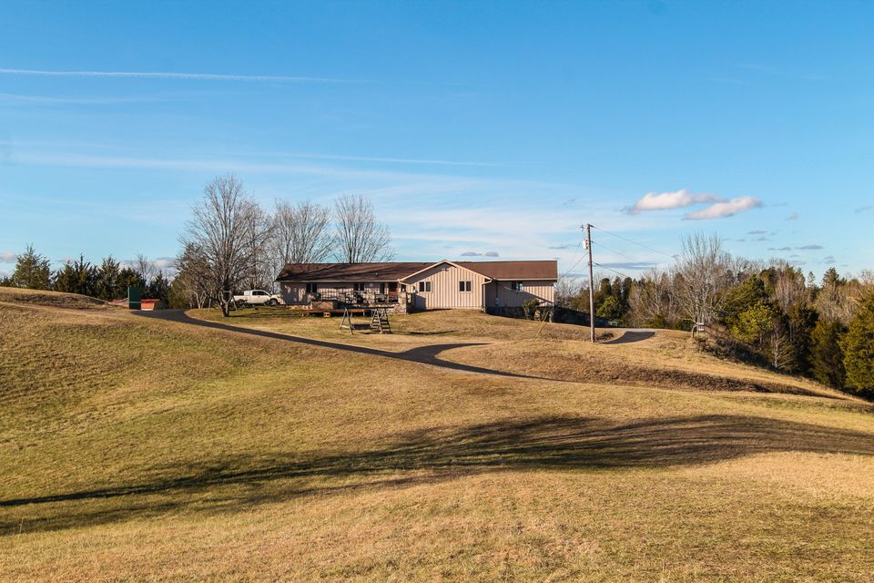 Single Family Home for Sale at 1015 Campbell Way 1015 Campbell Way Seymour, Tennessee 37865 United States