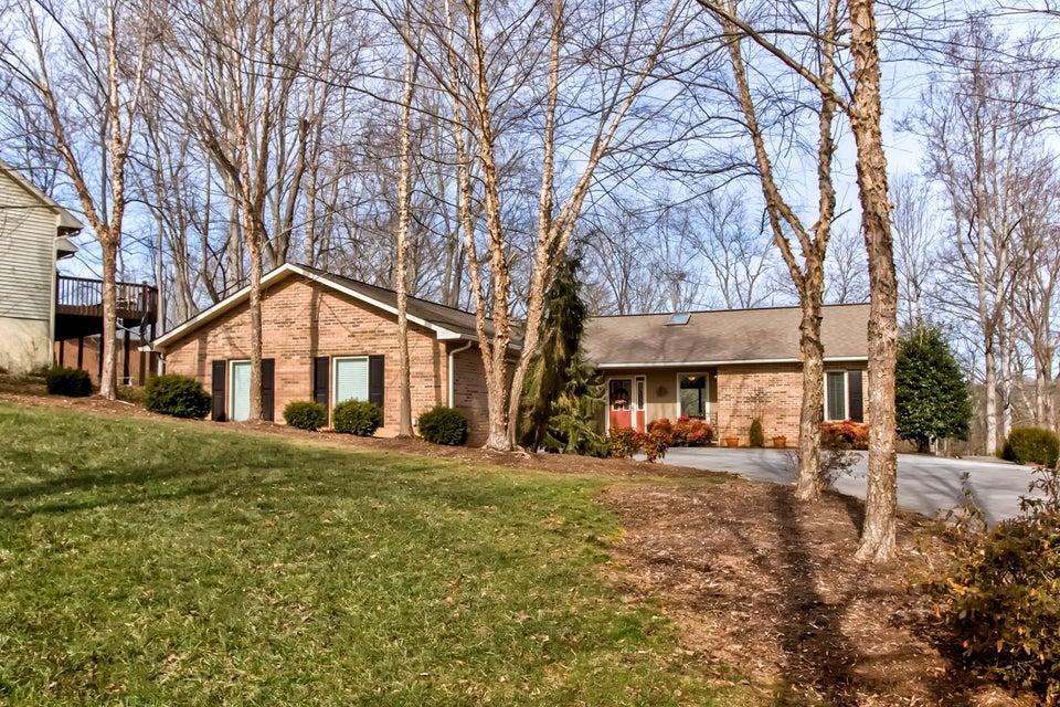 Частный односемейный дом для того Продажа на 155 Saloli Way 155 Saloli Way Loudon, Теннесси 37774 Соединенные Штаты