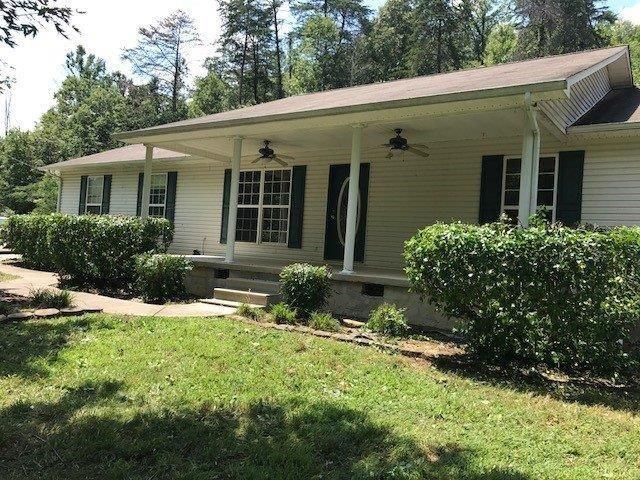 Single Family Home for Sale at 301 Highway 370 301 Highway 370 Luttrell, Tennessee 37779 United States