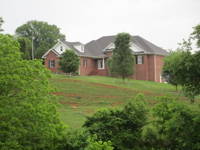 Single Family Home for Sale at 104 Nance Ferry Road 104 Nance Ferry Road Blaine, Tennessee 37709 United States