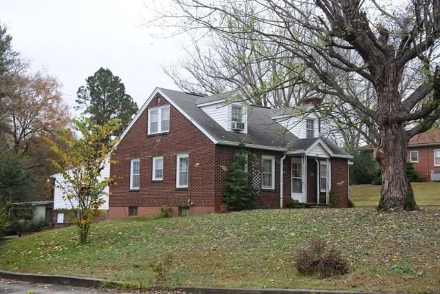 Single Family Home for Sale at 206-208 Bussell Street 206-208 Bussell Street Livingston, Tennessee 38570 United States