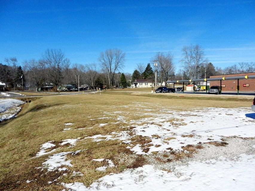 Земля для того Продажа на Alberta Avenue Alberta Avenue Oneida, Теннесси 37841 Соединенные Штаты