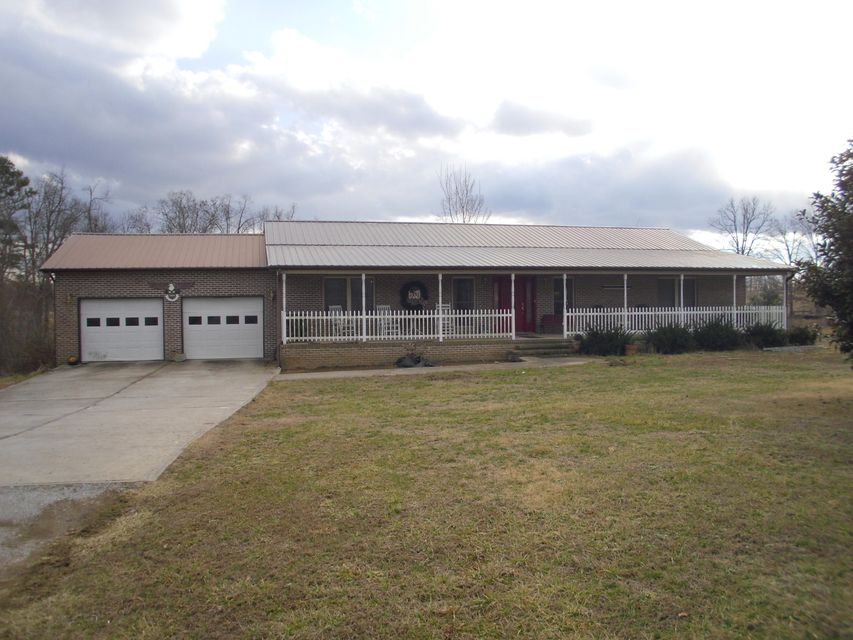 Single Family Home for Sale at 106 Barbara Court 106 Barbara Court Grimsley, Tennessee 38565 United States