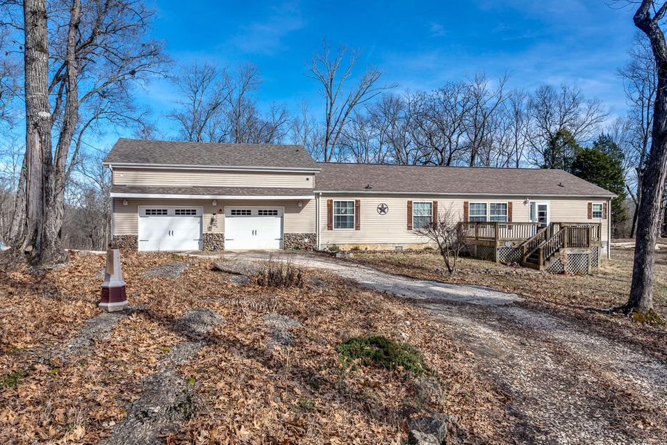 Single Family Home for Sale at 4108 Daniel Road 4108 Daniel Road Knoxville, Tennessee 37920 United States