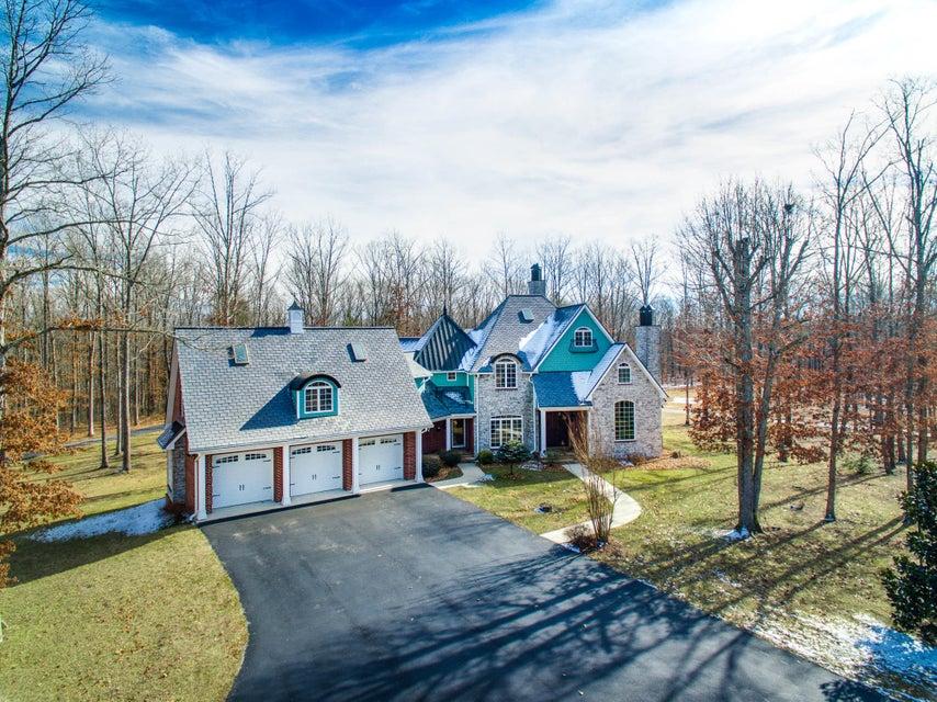 Частный односемейный дом для того Продажа на 3145 S York Hwy 3145 S York Hwy Jamestown, Теннесси 38556 Соединенные Штаты