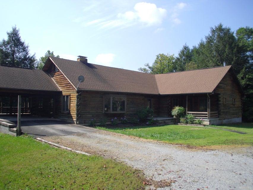 Частный односемейный дом для того Продажа на 1495 Old Bean Shed Road 1495 Old Bean Shed Road Clarkrange, Теннесси 38553 Соединенные Штаты