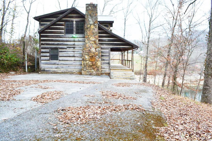 Single Family Home for Sale at Andrews Lane Andrews Lane Caryville, Tennessee 37714 United States