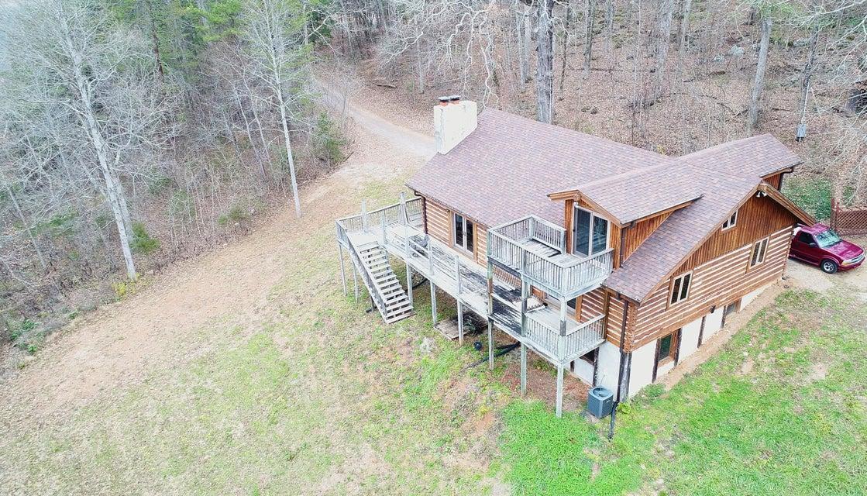 Maison unifamiliale pour l Vente à 475 Old Leadmine Bend Road 475 Old Leadmine Bend Road Sharps Chapel, Tennessee 37866 États-Unis