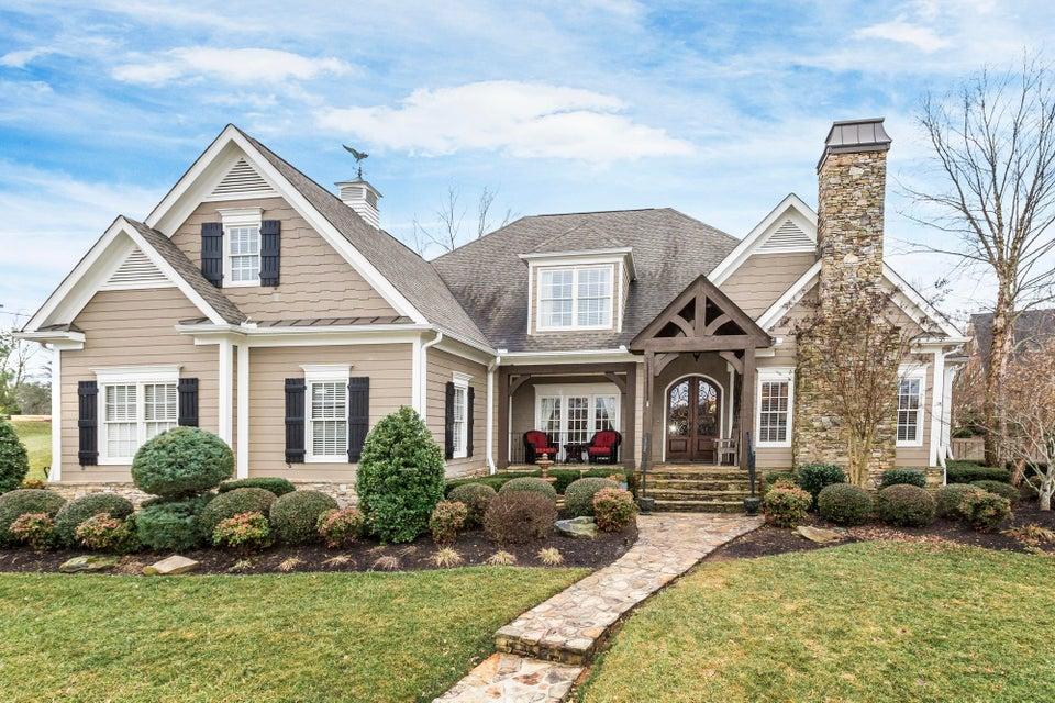 独户住宅 为 销售 在 12300 Bonnybridge Lane 12300 Bonnybridge Lane 诺克斯维尔, 田纳西州 37922 美国