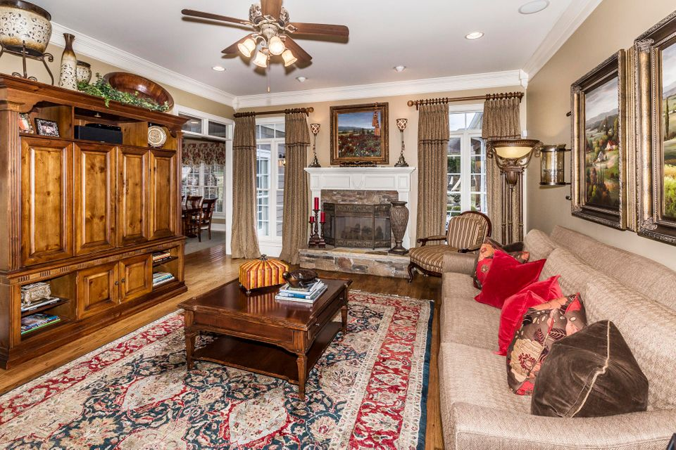 Additional photo for property listing at 12300 Bonnybridge Lane 12300 Bonnybridge Lane 诺克斯维尔, 田纳西州 37922 美国