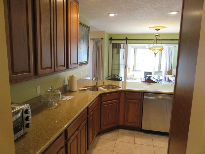 Additional photo for property listing at 206 Oohleeno Lane 206 Oohleeno Lane Loudon, Tennessee 37774 Estados Unidos