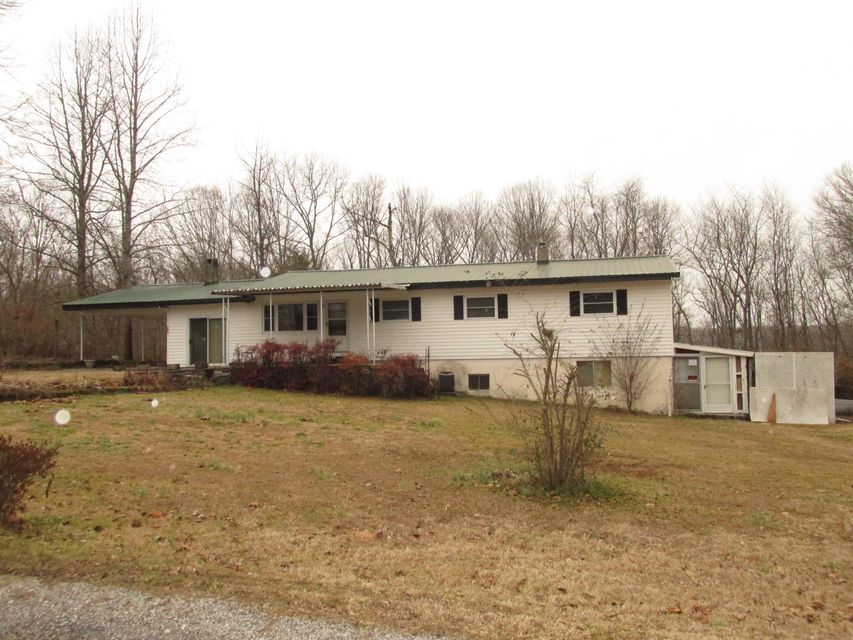 Single Family Home for Sale at 111 Janie Lane 111 Janie Lane Lancing, Tennessee 37770 United States