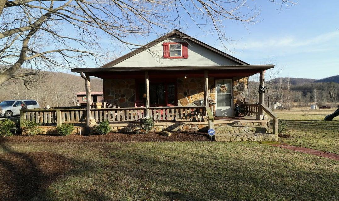 Частный односемейный дом для того Продажа на 1370 Clay Hill Road 1370 Clay Hill Road Winfield, Теннесси 37892 Соединенные Штаты