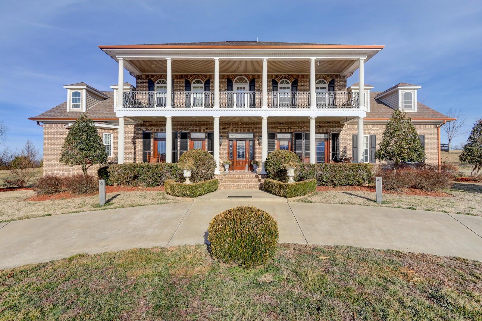 Casa Unifamiliar por un Venta en 7040 107 Cutoff 7040 107 Cutoff Greeneville, Tennessee 37743 Estados Unidos