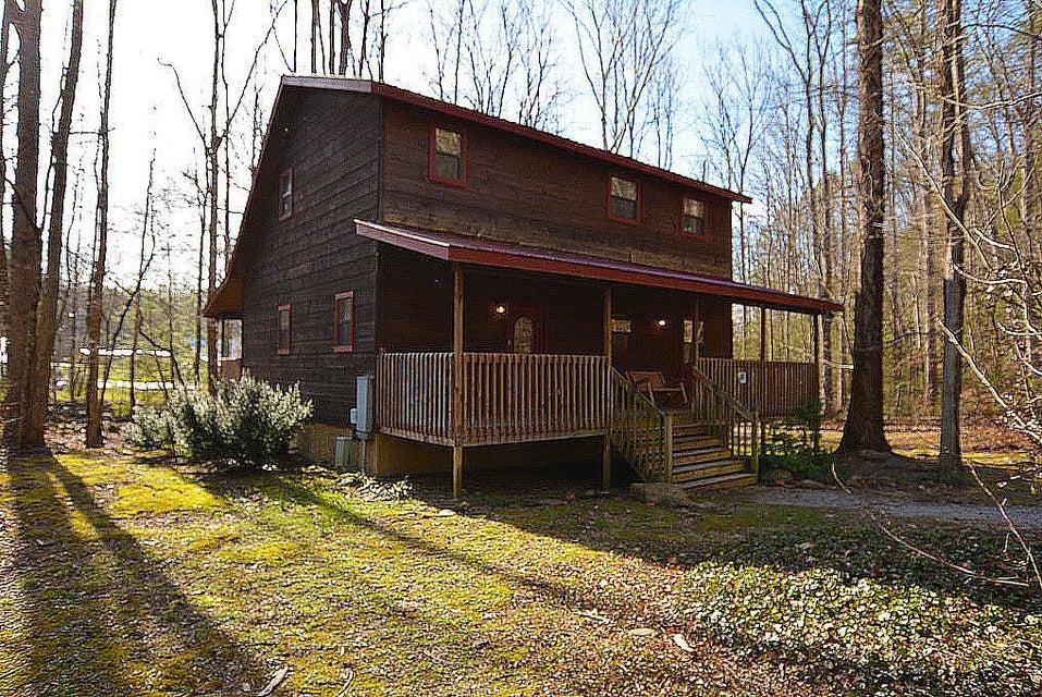 Casa Unifamiliar por un Venta en 338 S Highway 32 338 S Highway 32 Cosby, Tennessee 37722 Estados Unidos