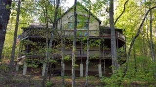 Maison unifamiliale pour l Vente à 132 Fence Rail Gap Road 132 Fence Rail Gap Road Walland, Tennessee 37886 États-Unis