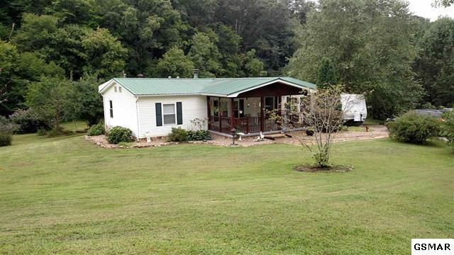 Single Family Home for Sale at 1127 Palmer Hollow Road 1127 Palmer Hollow Road Bybee, Tennessee 37713 United States