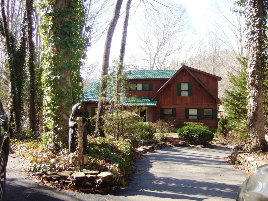 Single Family Home for Sale at 245 Norris Shores Lane 245 Norris Shores Lane Sharps Chapel, Tennessee 37866 United States