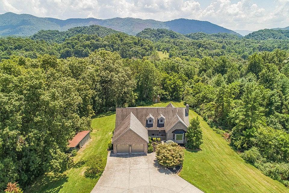 Casa Unifamiliar por un Venta en 976 Country Lane 976 Country Lane Walland, Tennessee 37886 Estados Unidos