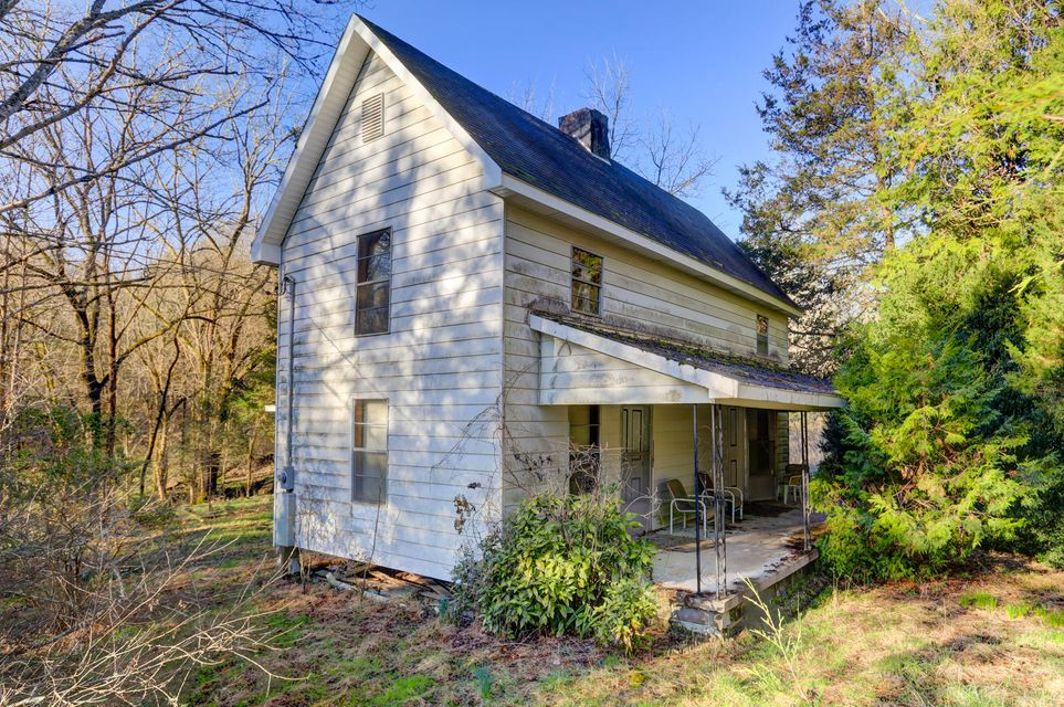 Single Family Home for Sale at 149 Lambdin Road 149 Lambdin Road Maynardville, Tennessee 37807 United States