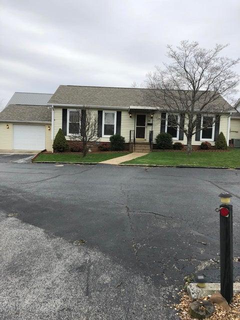 Condominio por un Venta en 34 Hampton Square 34 Hampton Square Crossville, Tennessee 38555 Estados Unidos