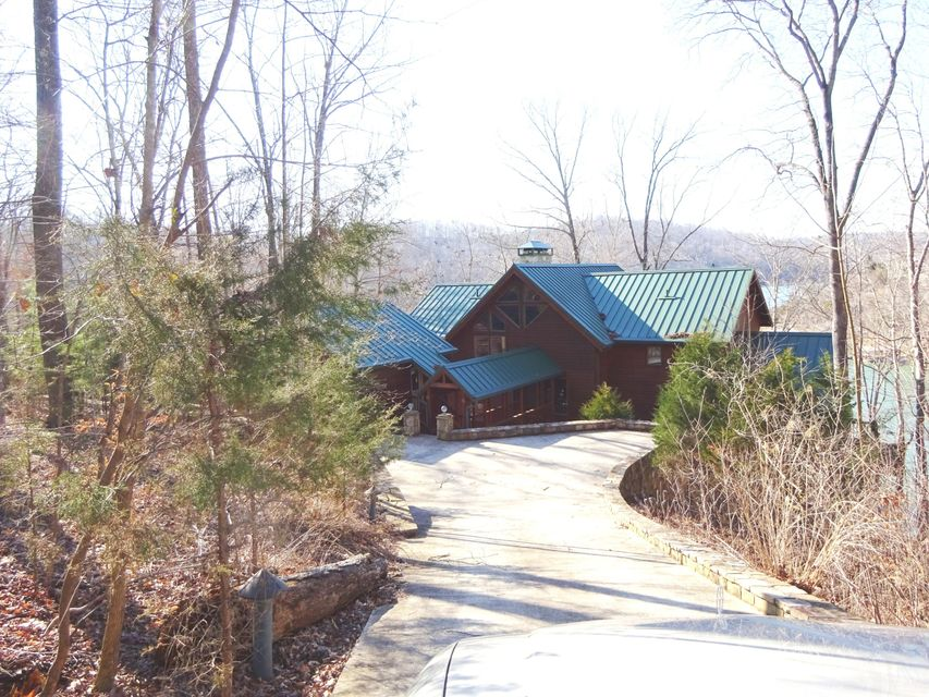 Single Family Home for Sale at 319 Deer Run Point 319 Deer Run Point Lafollette, Tennessee 37766 United States