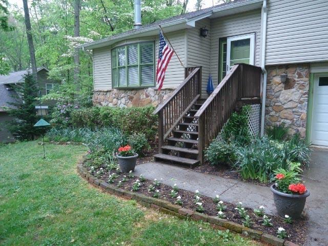 独户住宅 为 销售 在 125 Butternut Drive 125 Butternut Drive Norris, 田纳西州 37828 美国