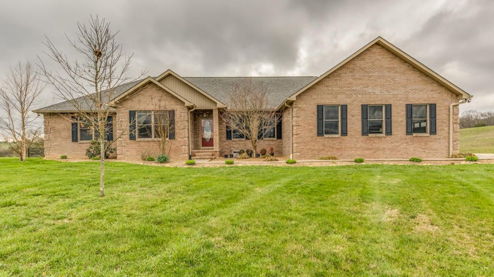 Single Family Home for Sale at 925 Edenwood Way 925 Edenwood Way Parrottsville, Tennessee 37843 United States