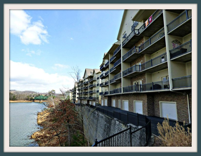 Condominium for Sale at 222 Sandpiper Lane 222 Sandpiper Lane Bean Station, Tennessee 37708 United States