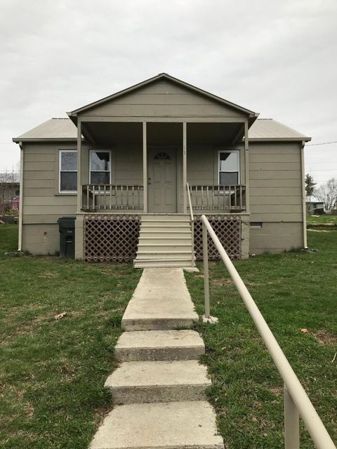 Maison avec plusieurs logements pour l Vente à 110 Buchanan Street 110 Buchanan Street Crossville, Tennessee 38555 États-Unis