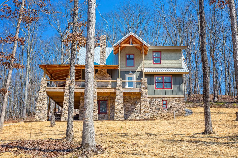 Single Family Home for Sale at 333 County Road 184 333 County Road 184 Athens, Tennessee 37303 United States