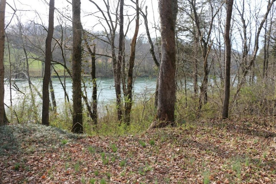 Land for Sale at Peach Orchard Road. Road Peach Orchard Road. Road Clinton, Tennessee 37716 United States