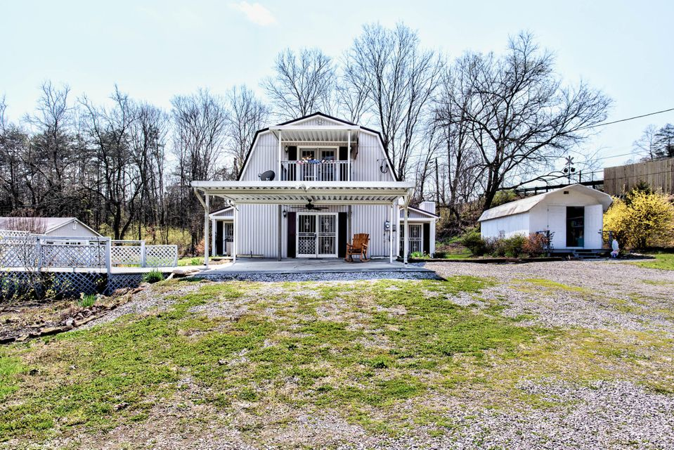 Single Family Home for Sale at 102 W Bullrun Valley Drive 102 W Bullrun Valley Drive Heiskell, Tennessee 37754 United States
